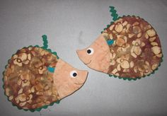 Sarah's hedge hog hot pads. Susie Shore pattern
