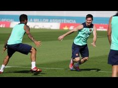 FOOTBALL -  FC Barcelona - Buen ambiente en la sesión de hoy. Mira el juego para calentar - http://lefootball.fr/fc-barcelona-buen-ambiente-en-la-sesion-de-hoy-mira-el-juego-para-calentar/