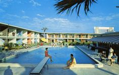 Postcard of guests enjoying the pool at the Twilight Motel in Palmetto, Florida. | Florida Memory