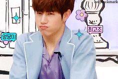 """Noona! I am cute, right?"" 😍"