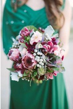 Изумрудный цвет свадьбы    #wedding #bride #flowers