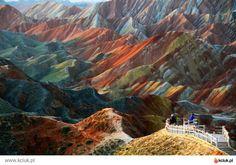 Kolorowe góry w Chinach