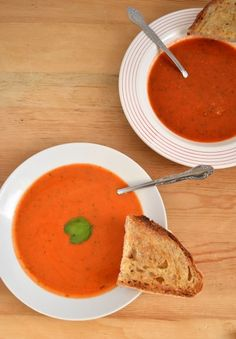 fast, easy tomato soup... tastes a little like marinara sauce, delicious with mozzarella grilled cheese
