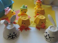 Easter Egg Carton Chicks - My Kid Craft Easter Crafts For Kids, Diy For Kids, Egg Carton Crafts, Kids Art Class, Diy Ostern, Family Activities, Craft Gifts, Easter Eggs, Holiday Cards