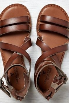 AEO Colorblocked T-Strap Sandal, Natural | American Eagle Outfitters