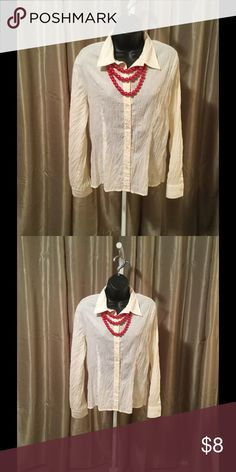 Ladies Blouse Ladies off-white button down wrinkle look shirt!  A perfect addition to any ensemble! ❤️ OFFERS CONSIDERED!❤️ Tops Button Down Shirts