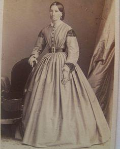 Beautiful Victorian young lady c1865 fine CDV tiny waist jewelry hoop Germany