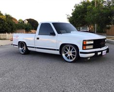 cars and trucks Silverado Truck, Chevy Stepside, Chevy Pickup Trucks, Gm Trucks, Chevy Pickups, Chevrolet Trucks, Dropped Trucks, Lowered Trucks, 454 Ss Truck