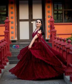 Designer Bridal Lehenga, Indian Bridal Lehenga, Indian Bridal Outfits, Pakistani Bridal Dresses, Engagement Dress For Bride, Engagement Gowns, Indian Engagement Outfit, Kerala Engagement Dress, Indian Gowns Dresses