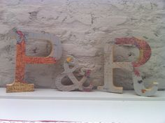 Traveling wood letters by Emedemauro