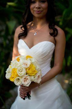 Sunny yellow bouquet: http://www.stylemepretty.com/destination-weddings/2015/02/20/intimate-beach-wedding-2/ | Photography: Dustin Cantrell - www.dustincantrellphotoblog.com