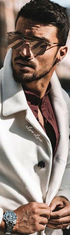 Sunnies Sunglasses, Casual Wear For Men, Beautiful Men Faces, Mans World, Pretty Men, Gentleman Style, Male Face, Fashion Shoot, Mens Fashion