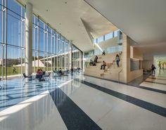 Tinkham Veale University Center,© Steinkamp Photography