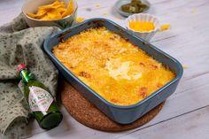 Sajtos-jalapenós mártogatós Recept képpel - Mindmegette.hu - Receptek Ppr, Cheddar, Cornbread, Macaroni And Cheese, Ethnic Recipes, Youtube, Drink, Millet Bread, Mac And Cheese