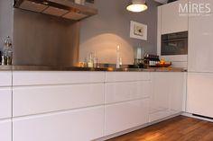 http://www.miresparis.com/cuisine-ouverte-moderne-c0481/
