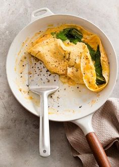 Wild garlic omlette