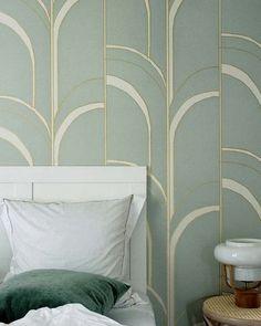 papier peint chambre art deco vert or Motif Art Deco, Deco Retro, Pastel Background, Home Decor Shops, Deco Design, Clever Design, Designers Guild, Arches, Pattern Wallpaper