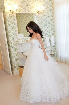 ball gown wedding dress so nice,and lace wedding dress here