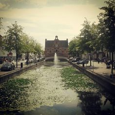 Oud Beijerland, Raadhuis/Gemeentehuis met Vliet