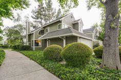 4322 Fairlands Drive, Pleasanton, CA 94588 (MLS#40698896) Townhouse. $652,500 Status: Active. Beds: 2  Bathrooms: 2.5  Home size: 1526 sq ft Lot Size: 1901 sq ft