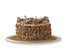 Publix Caramel Pecan Crunch Cake - need to remember for my dad's birthday.