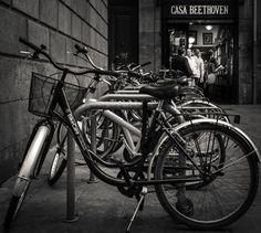 Two romantic themes: bikes and music | por Jaume Taulats
