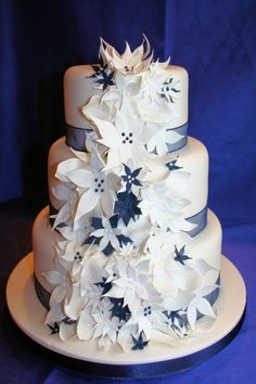 Design Wedding Cake on Celebrating With This Stunning Summer Wedding Cake Design This Wedding