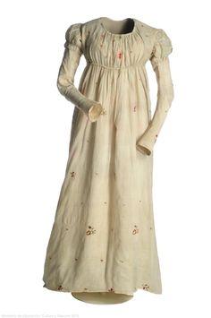 Dress: ca. 1805, cotton taffeta, silk, linen, polychromatic floral embroidery. Search for CE000595