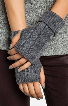 ::staying warm with this holiday party outfit inspiration. Gray cable knit fingerless gloves keep you warm but allow you do use your hands freely:: Fingerless Gloves Knitted, Crochet Gloves, Knit Mittens, Knit Crochet, Knitting Designs, Knitting Patterns, Holiday Party Outfit, Knitting Accessories, Loom Knitting