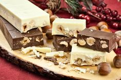 If you have a sweet tooth, you'd definitely have to try Turron. It's a typical Xmas delicacy but who cares if you just eat it today, really? Xmas Food, Christmas Desserts, Nutella, Chocolates, Decadent Cakes, Chocolate Candy Molds, Edible Gifts, Cookies And Cream, Fudge