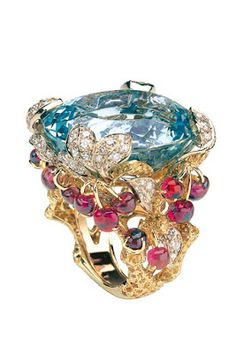 RosamariaGFrangini | Modern Jewellery | Dior Ring by Victoire de Castellane
