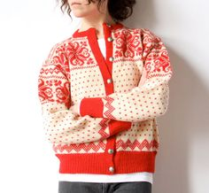 Scandi wool cardigan from Sundt (an iconic department store in Bergen, Norway, founded in Norwegian Knitting, Wool Sweaters, Wool Cardigan, Sweater Making, Hippie Boho, Baby Knitting, Fair Isle Pattern, Preppy, Knitting Patterns