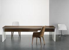 Fauteuil MARLENE et table ELETTRA