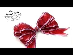 How to Tie A Ribbon Bow - easy Crafts How To Tie Ribbon, Ribbon Hair Bows, Diy Ribbon, Wired Ribbon, How To Make Bows, Christmas Food Gifts, Christmas Ornament Crafts, Christmas Bows, Hair Bow Tutorial