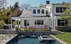 Hillgrove-pool-&-rear-facade.jpg