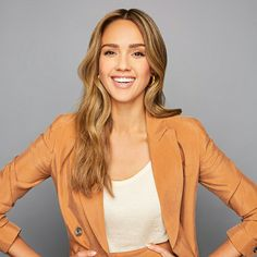 Jessica Alba Pictures, Jessica Alba Style, Beautiful Women, Lady, Beauty, Fashion, Actresses, Moda, Fashion Styles