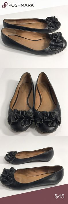 Corso Como black leather zipper bow flats Fun pair of Corso Como flats. Black leather body with leather soles and lining. Cute ruffle top with decorative zipper piping. Has scuffs and wear, see pics ask questions. Super fun way to spunk up and outfit! Size 11. Corso Como Shoes
