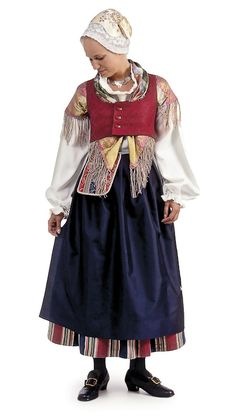 Suur-Vesilahden kansallispuku. Folk Costume, Costumes, Historical Clothing, Fashion History, Traditional Outfits, Doll Clothes, Vintage Outfits, Womens Fashion, Dresses