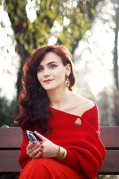Red Off the Shoulder Crop Knit Sweater - Sheinside.com