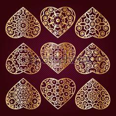 Corazón calado dorado. Ornamento del día de San Valentín para Felicitaciones…