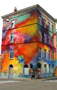 Fargeklatter i bybildet er både sunt og gir energi!