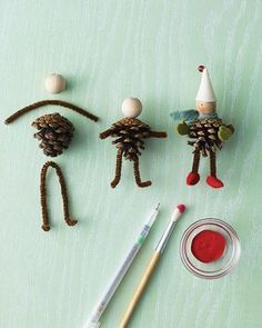 #DIY Christmas ornaments. Pinecone Elves