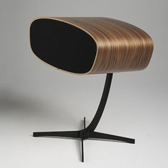 This speaker is inspired by Eames style. The bent wood and minimalist characteristics are very similar to Eames. I like the unique shape, and have never seen a speaker look this fantastic. George Nelson, Atelier Design, Charles Ray Eames, Industrial Office Chairs, Wooden Speakers, Audio Room, Speaker Design, Speaker Stands, Tecno