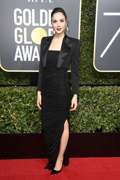Golden Globes 2018: See Hollywood's Biggest Names Wearing Black Dresses On the Red Carpet Photos | W Magazine