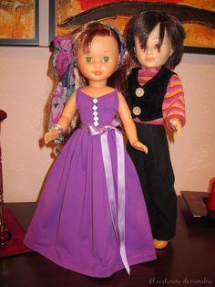Se realizan libros de firmas para distintos eventos, vestidos para muñecas, tarjetas, puntos de lectura, Recordatorios de Primera Comunión, Bodas... Barbie And Ken, Doll Clothes, Dolls, Collection, Signature Book, First Holy Communion, Souvenirs, Events, Puppet
