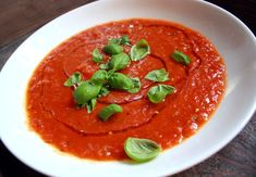 Veganmisjonen: Tomatsuppe av friske plommetomater