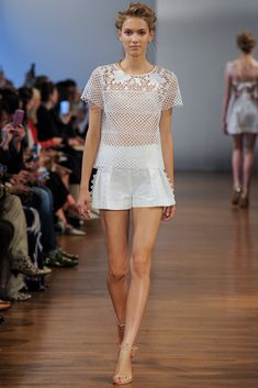 Collette Dinnigan Spring 2014 Ready-to-Wear Collection Photos - Vogue