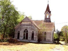 Bartlett TX First Presbyterian Church side, via Flickr.