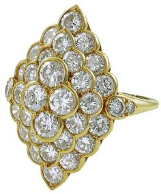 yellow gold ring, design as a navette shaped set with round brilliant-cut diamond, signed Van Cleef & Arpels. Bling Bling, Bijoux Van Cleef And Arpels, Modern Jewelry, Fine Jewelry, Jewellery, Diamond Jewelry, Diamond Earrings, Bijoux Art Nouveau, Heart Pendant Necklace