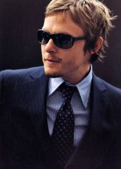 "I LOVE NORMAN'S HAIR THIS LENGTH.  CANT  ""DARYL""  FIND SOME SCISSORS IN THE APOCALYPSE ?"